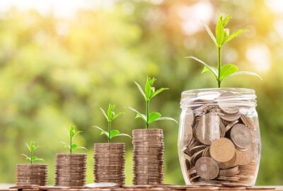 Money Saving Hacks To Reach Your Financial Goals